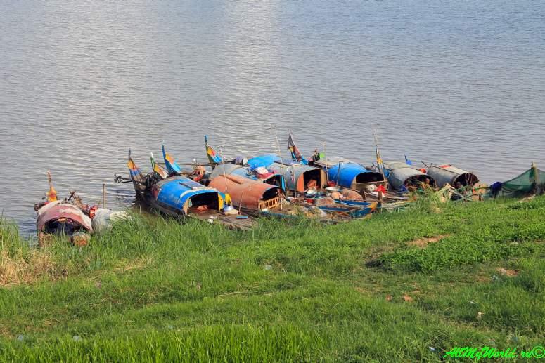 город Пномпень (Пном Пень) столица Камбоджи достопримечательности набережная Пномпеня
