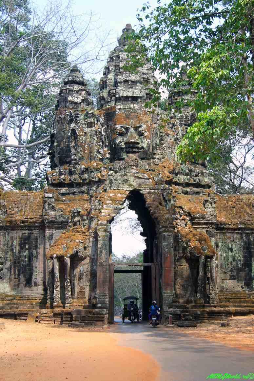 Археологическая зона Ангкор: Ангкор-Тхом фото