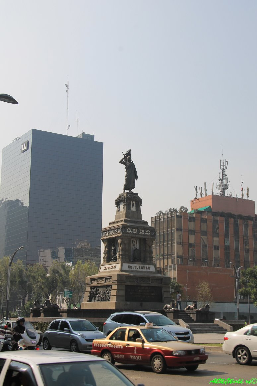 город мехико что посмотреть памятник Куитлауаку фото