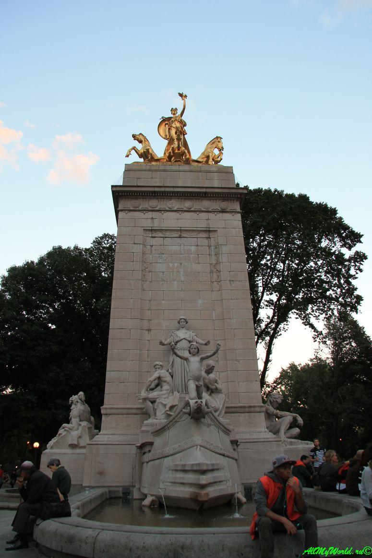 Лучшие места Нью-Йорка Юнион-сквер фото