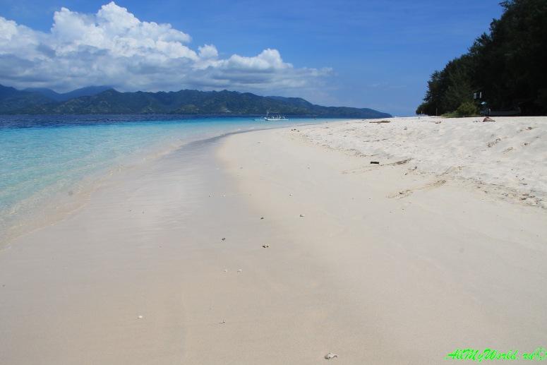 Остров Гили Мено фото достопримечательности Индонезии