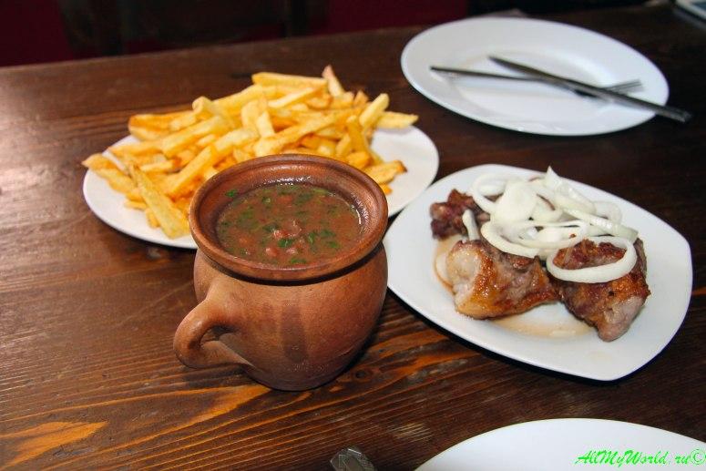 Блюда грузинской кухни - лобио