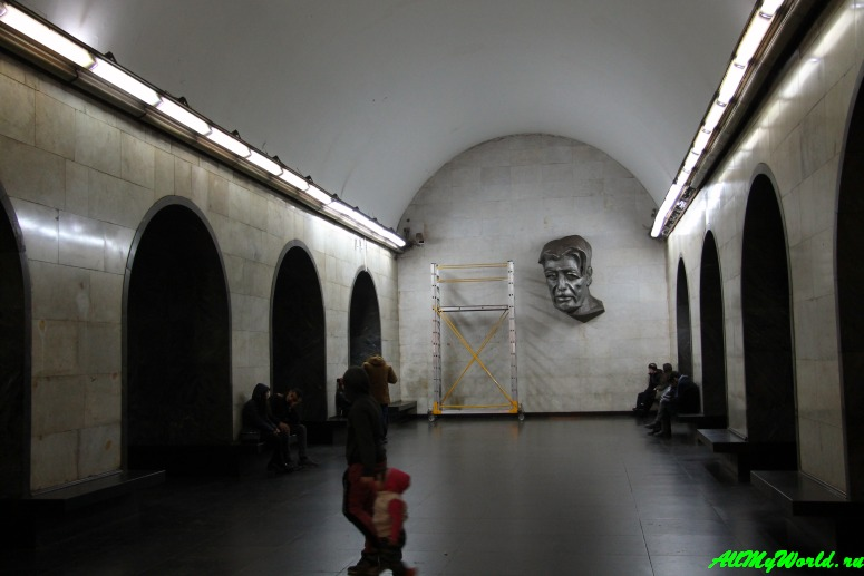 Грузия: городской транспорт в Тбилиси - метро