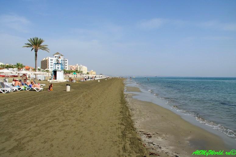 Кипр Ларнака достопримечательности пляж Маккензи