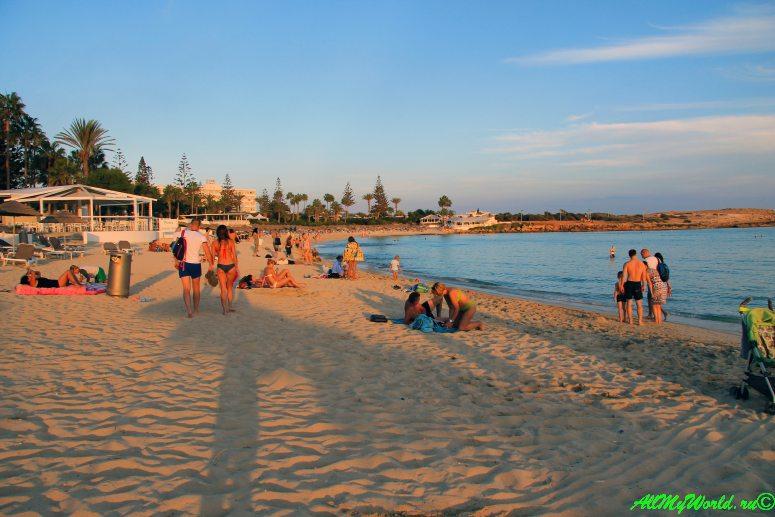 Айя-Напа - пляж Нисси фото