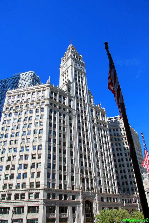 США, город Чикаго: достопримечательности и фото - башня Ригли (Wrigley Building)