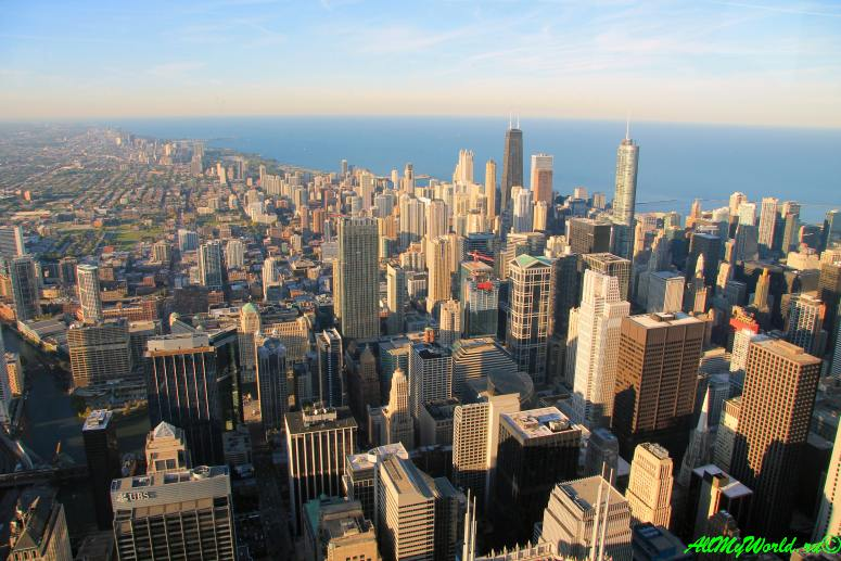 США, город Чикаго: достопримечательности и фото - смотровая площадка в небоскребе Willis-tower (бывший Siers-tower)
