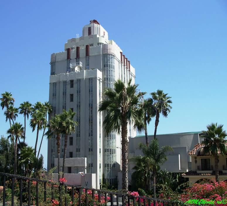 """США, город Лос-Анджелес - достопримечательности, впечатления, фото - бульвар Сансет, Отель """"Сансет Тауэр"""""""
