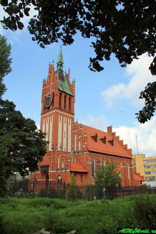 Достопримечательности Калининграда - Кирха Святого Семейства