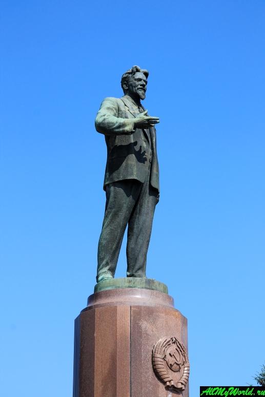 Достопримечательности Калининграда - Площадь Калинина