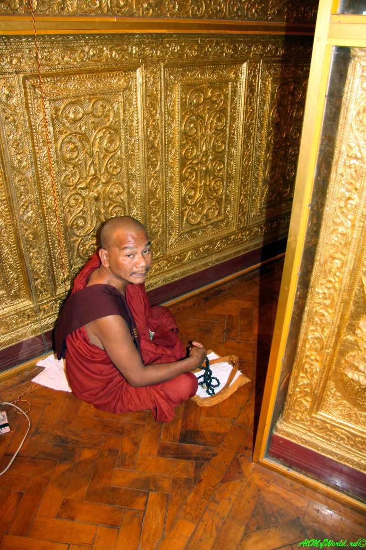 Город Янгон: достопримечательности столицы Мьянмы пагода Бо-Татанк фото