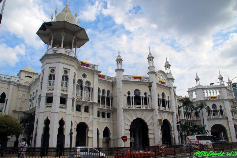Малайзия: достопримечательности Куала-Лумпура Железнодорожный вокзал