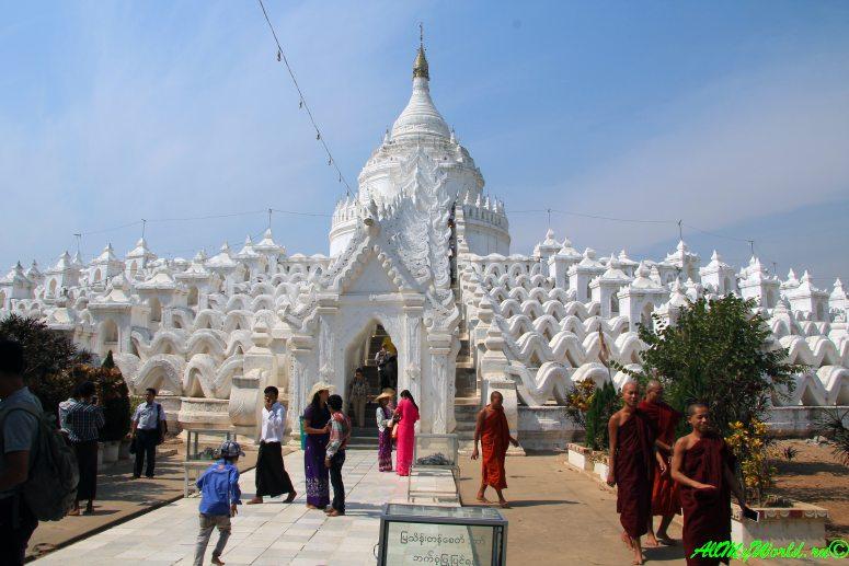 Мьянма, Мингун, пагода