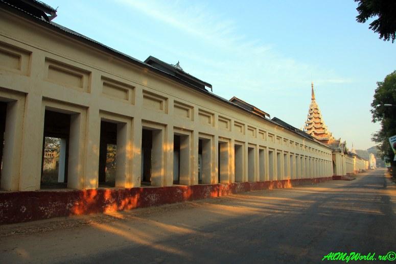 Мьянма Баган пагода Швезигон фото