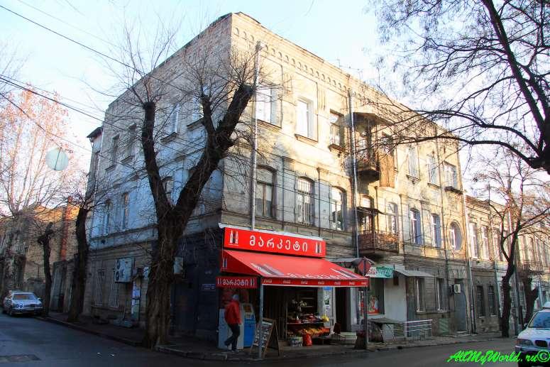 staryj-tbilisi-rajony-sololaki-i-mtacminda