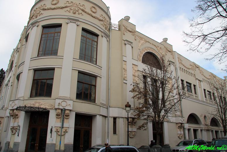 Тбилиси, левый берег: район Чугурети и проспект Агмашенебели
