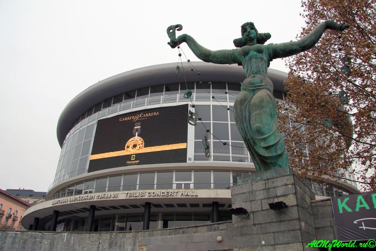 Районы Тбилиси: Вера филармония