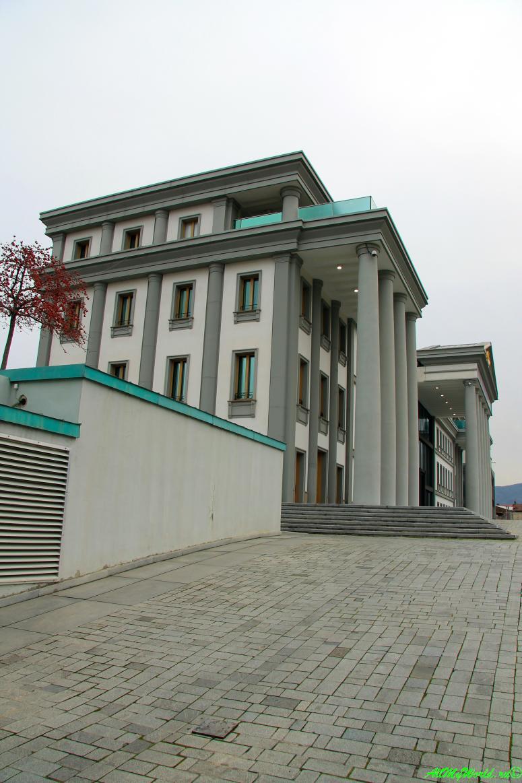 Старый Тбилиси: районы Авлабари Президентский дворец