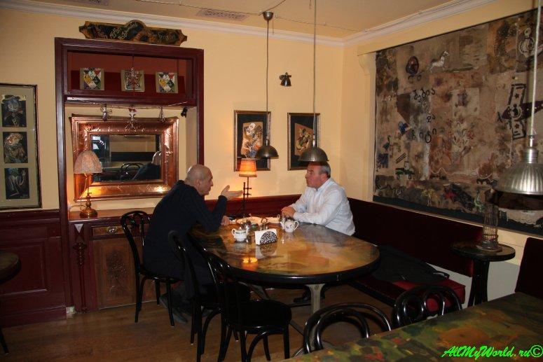 """Тбилиси, кафе """"Габриадзе"""""""