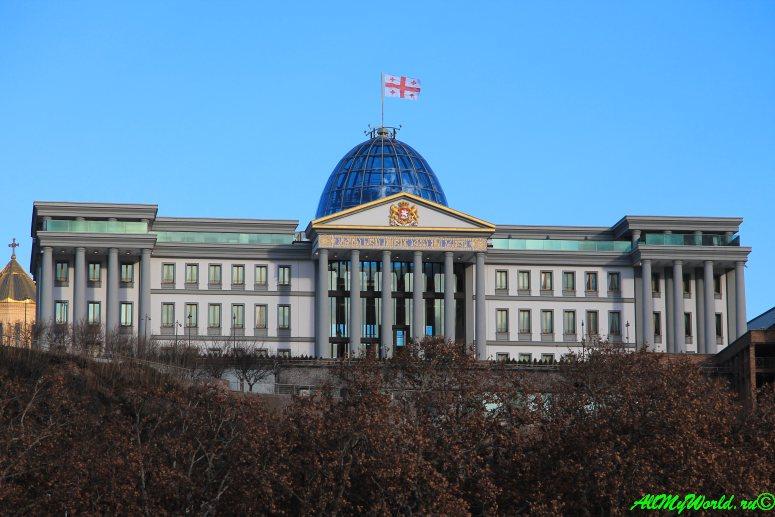 Празидентский дворец в Тбилиси