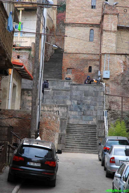 Тбилиси район Кала и Клдисубани Вифлеемская лестница