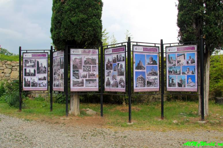 Что посмотреть в Кахетии: монастырь Икалто