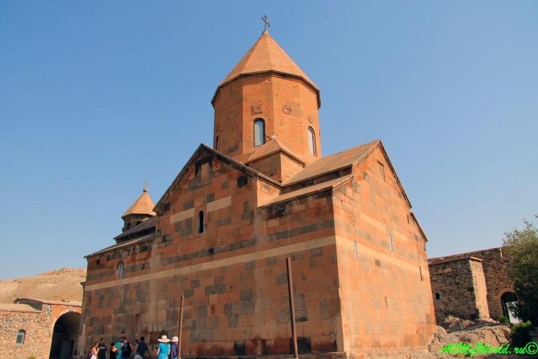 """Святые места Армении: монастырь Хор Вирап (""""Глубокая яма"""")"""