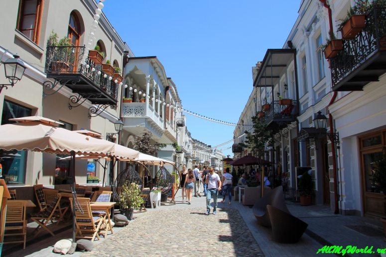 Достопримечательности Тбилиси - проспект Агмашенебели (Давида Строителя)