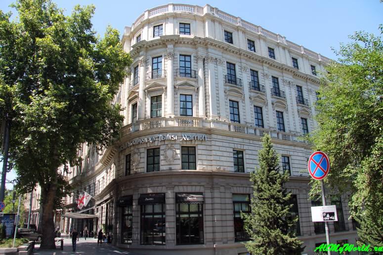 Достопримечательности Тбилиси - проспект Руставели