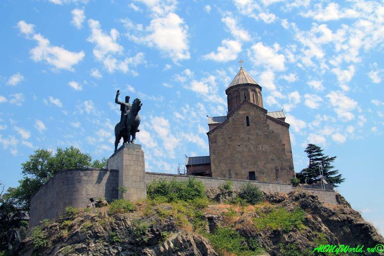 Достопримечательности Тбилиси - церковь Метехи
