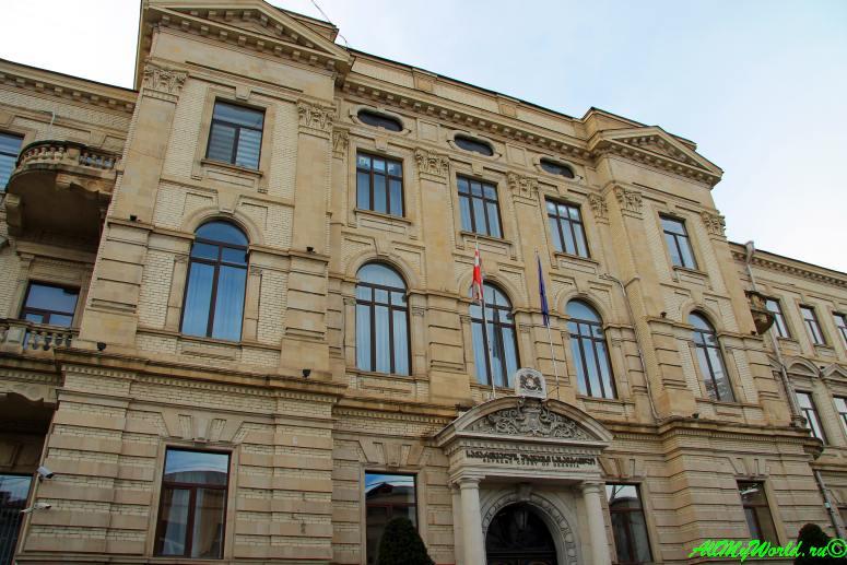 Район Мтацминда: ожившая история Тбилиси