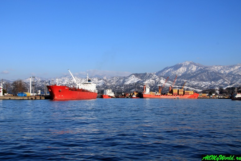Достопримечательности Батуми: морской порт