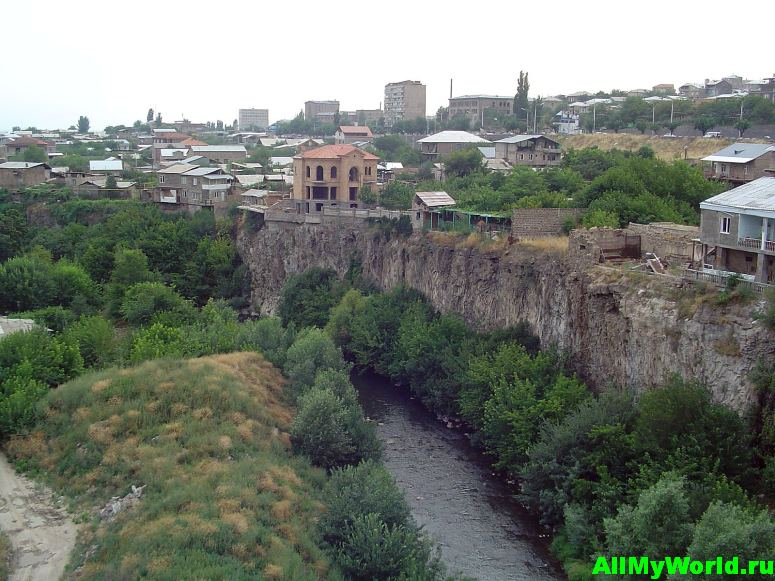 Достопримечательности Еревана - ущелье Раздан