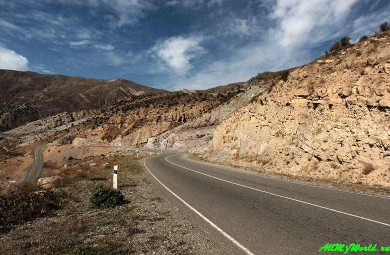 Озеро Севан в Армении: Селимский перевал