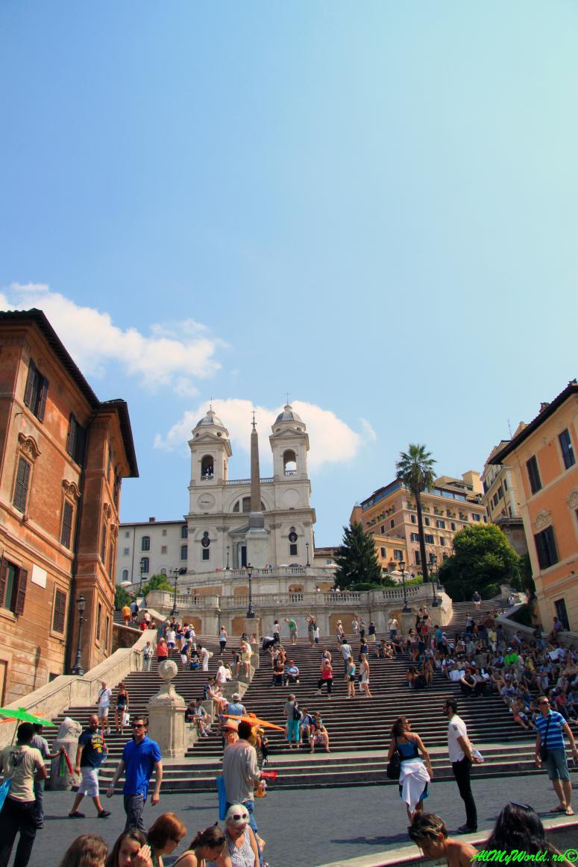 Достопримечательности Рима: площадь Тринита-деи-Монти