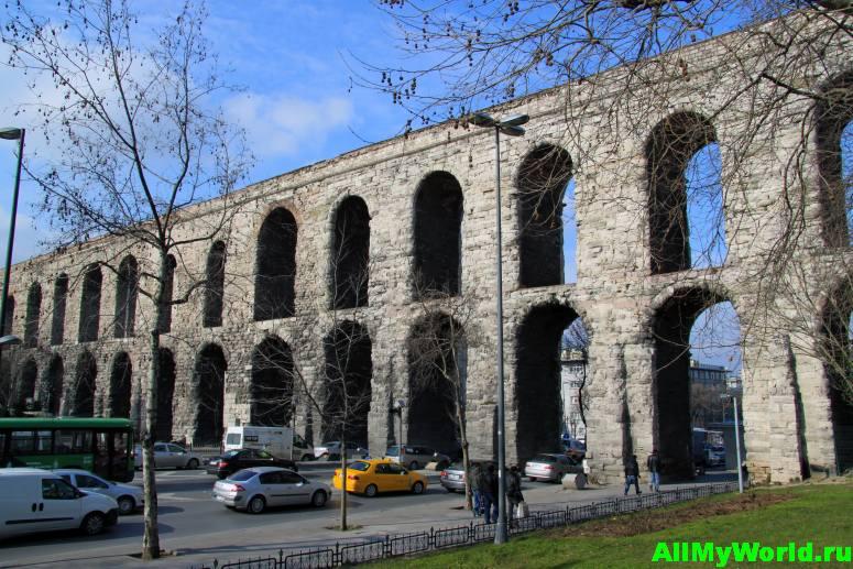Достопримечательности Стамбула - акведук Валента