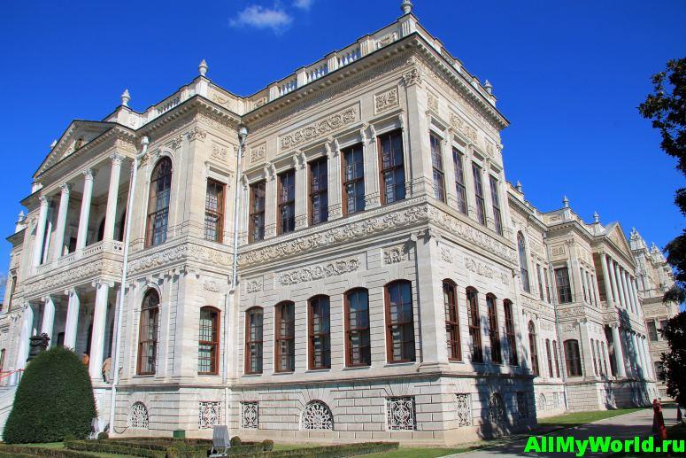 Достопримечательности Стамбула - дворец Долмабахче
