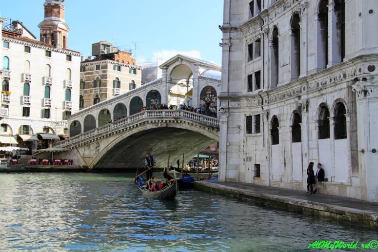 Достопримечательности Венеции: мост Риальто