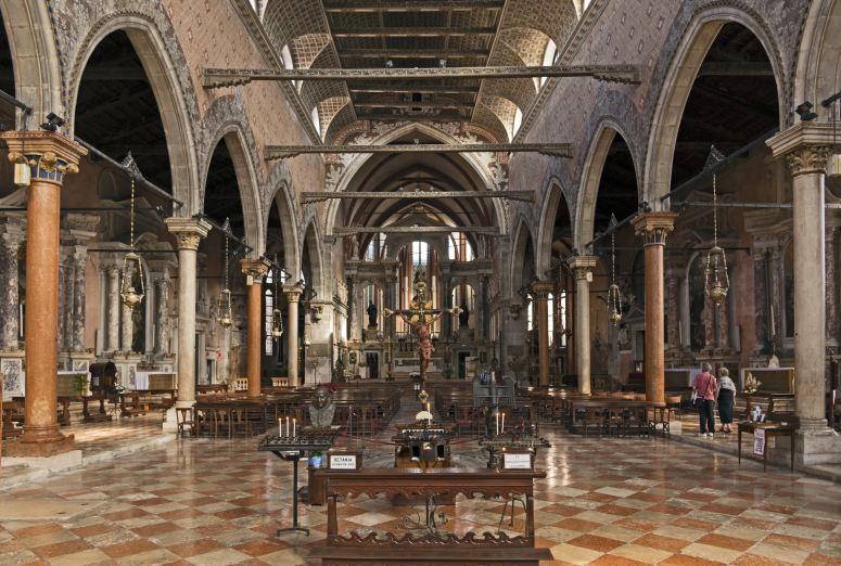Достопримечательности Венеции: церковь Санто-Стефано