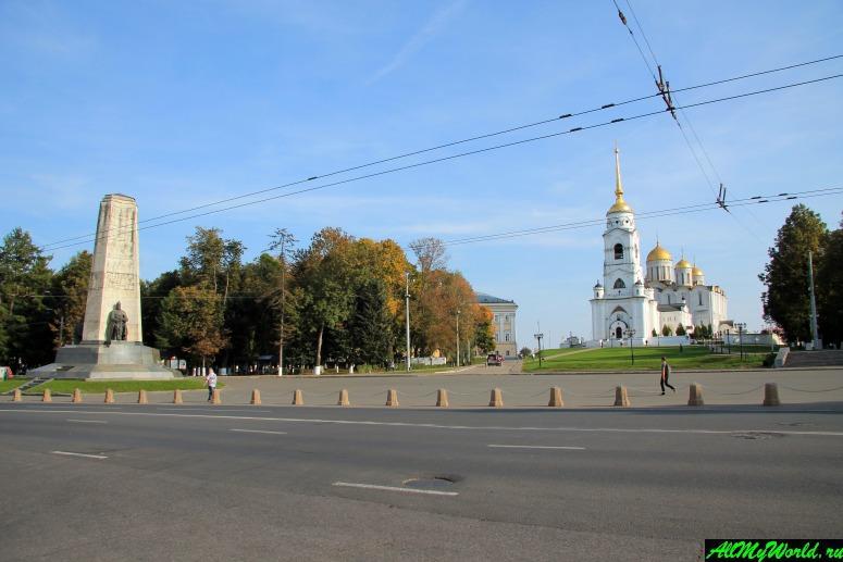 Достопримечательности Владимира - Соборная площадь