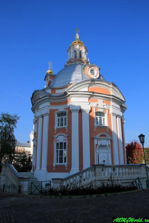 Достопримечательности Сергиева-Посада: Смоленский храм