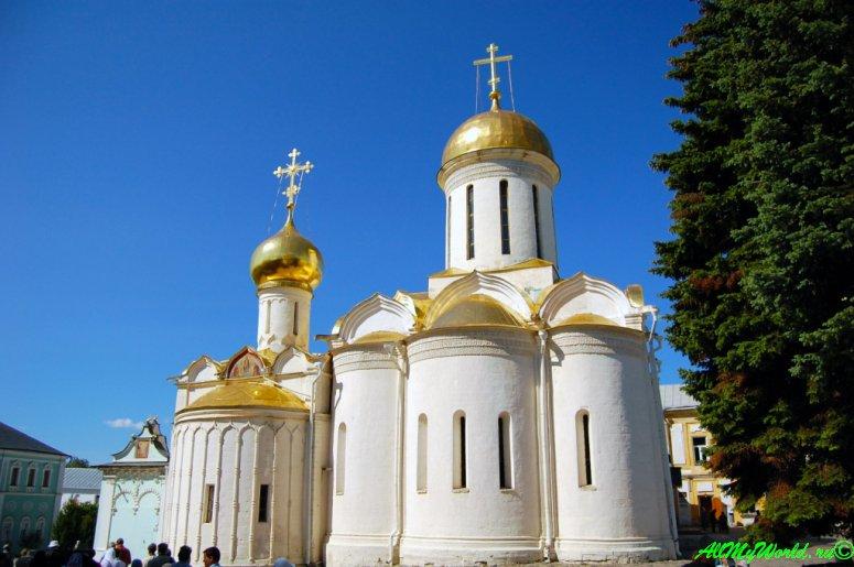 Достопримечательности Сергиева-Посада: Троицкий собор