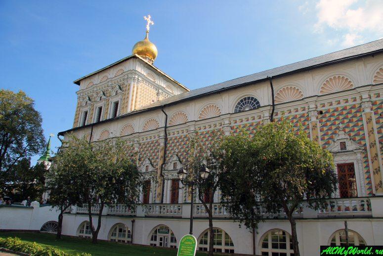 Достопримечательности Сергиева-Посада: Церковь Преподобного Сергия с Трапезной палатой