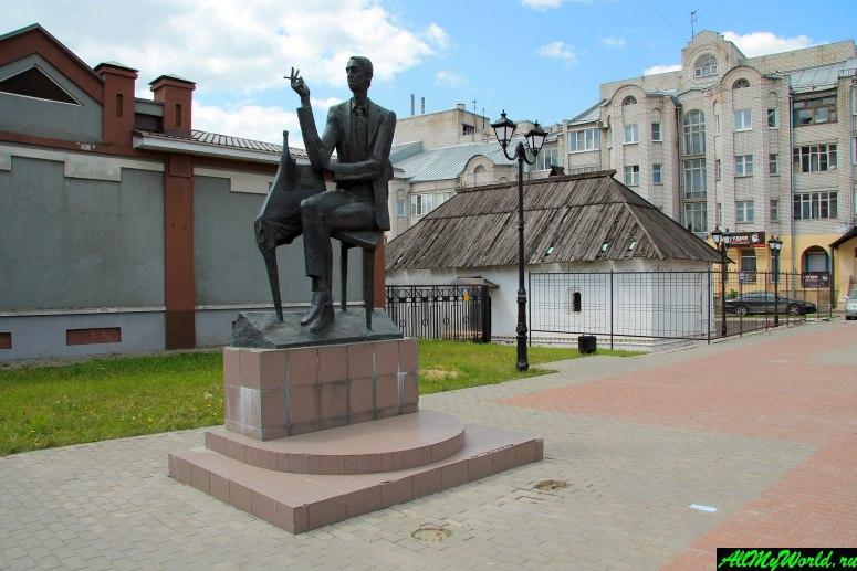 Достопримечательности города Иваново: арт-сквер и памятник Аркадию Северному