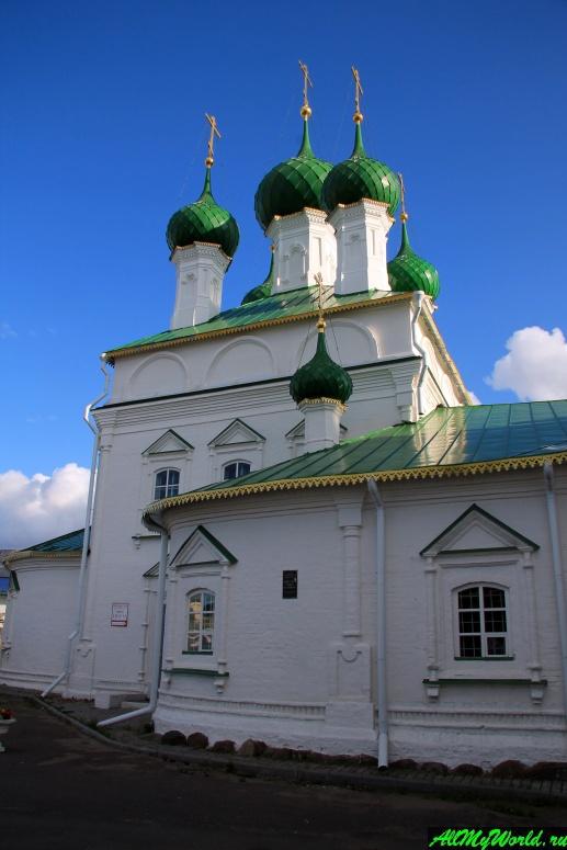 Достопримечательности Костромы: Церковь Спаса в рядах
