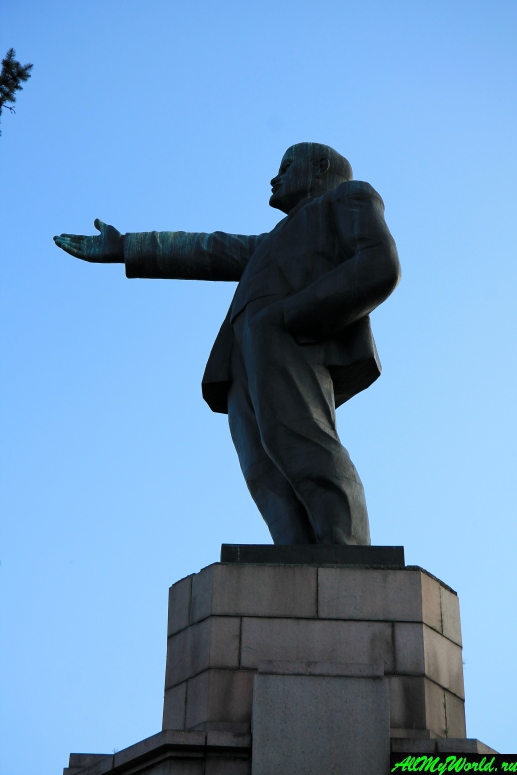 Достопримечательности Костромы: памятник Ленину