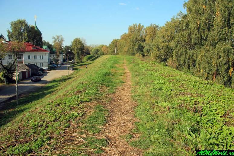 Достопримечательности Переславля-Залесского: земляной вал древнего города