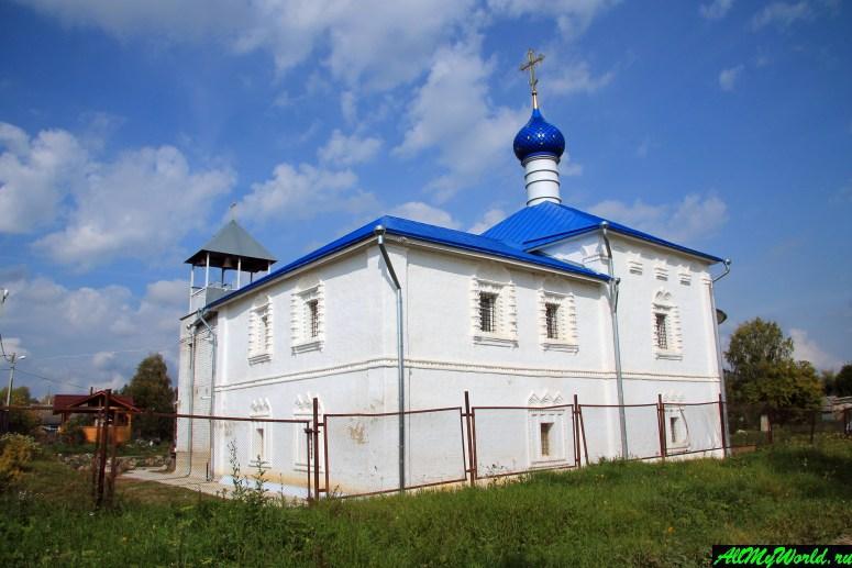Достопримечательности Ростова Великого: Петровский монастырь