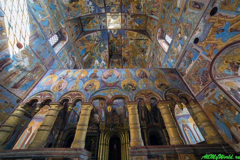 Достопримечательности Ростова Великого: церковь Спаса на сенях