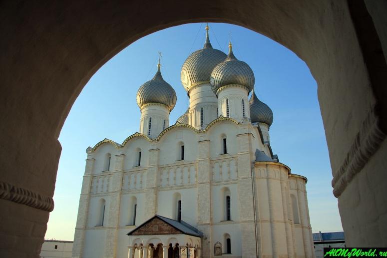 Достопримечательности Ростова Великого: Успенский собор